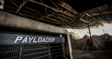 'payloader' photo from pexels.com